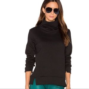 NWT Alo Yoga Haze Long Sleeve Top